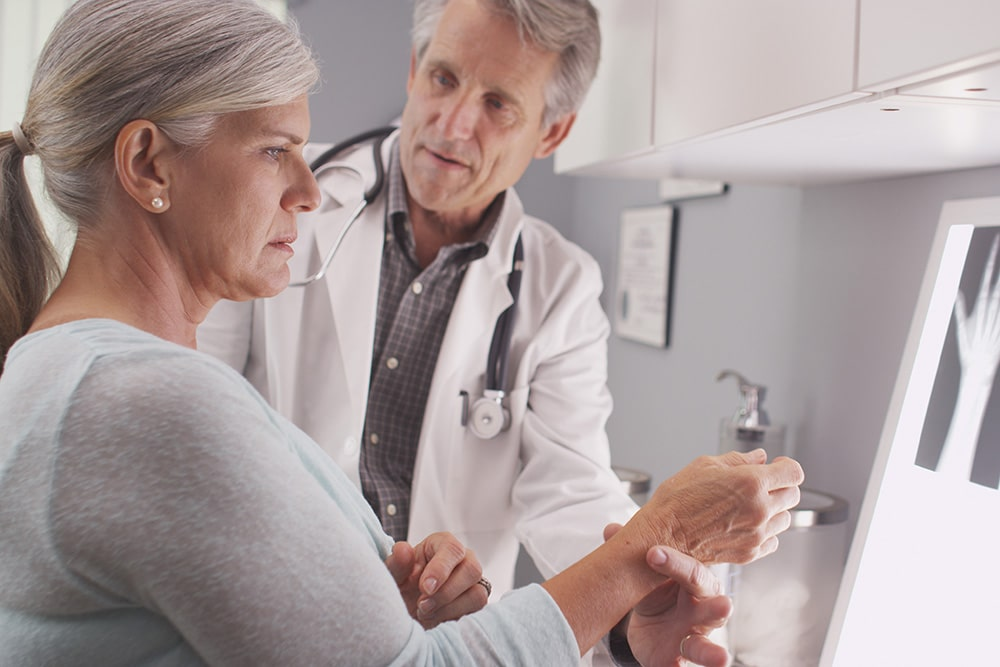 5 Signs That You May Have Osteoporosis