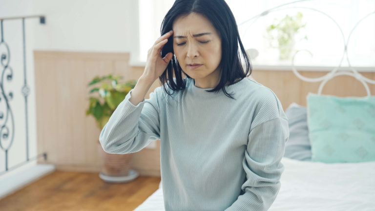 "What You Need to Know About ""Adrenal Fatigue"" in Perimenopause"